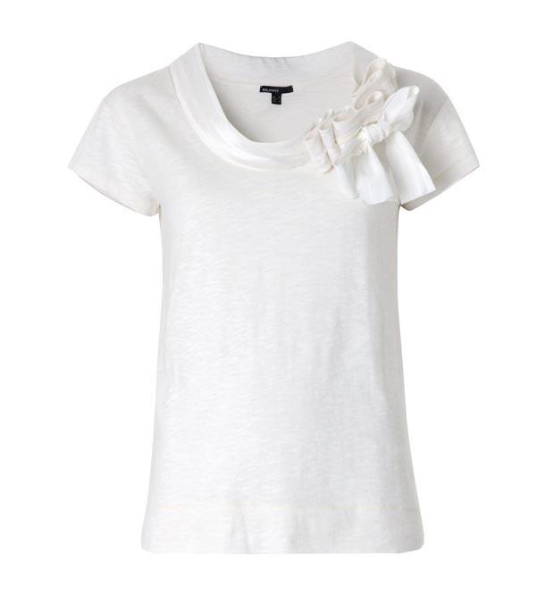 Trucos para customizar camisetas zapatos y bolsos focus - Truco para doblar camisetas ...
